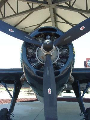 http://gregfolio.com/http://gregfolio.com/photography/aviation/tbm-3e-avenger-propeller-view/
