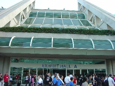 Convention Center Slope – Comic Con 2004