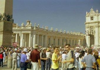 Vatican Peter's Square pan 3