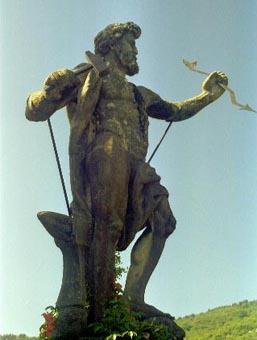 Isola Bella Thor Statue