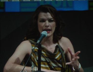 7205 Comic Con Milla Jovovich