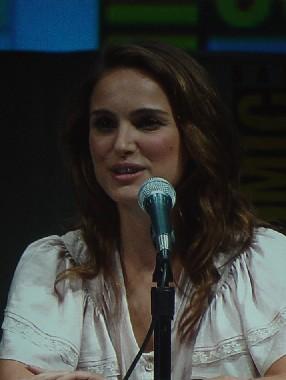 7231 Comic Con Natalie Portman