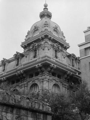 Genoa Building