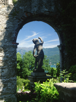 Isola Bella Arch and Statue