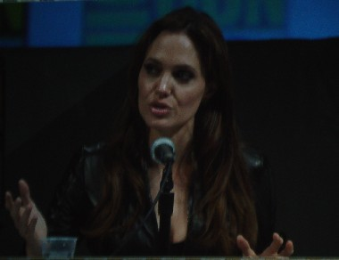 7149 Comic Con Angelina on Screen