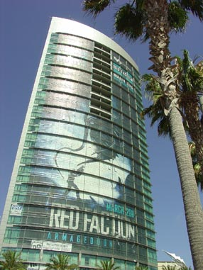 7176 Comic Con Building and Palms