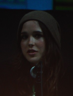 7183 Comic Con Ellen Page