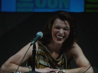 7209 Comic Con Milla Jovovich