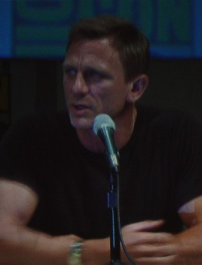 7229 Comic Con Daniel Craig